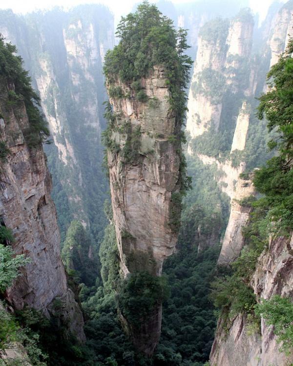 Національний парк Чжанцзяцзе та мальовничі гори Улін'юань, Китай