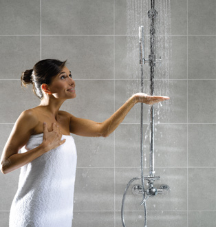"""Результат пошуку зображень за запитом """"девушка принимает душ"""""""