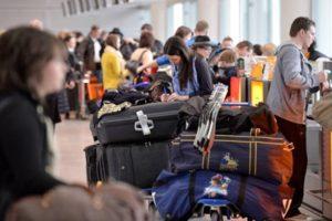 заробітчани чемодани