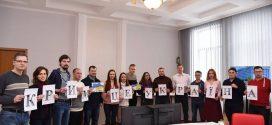 На Тернопільщині стартував флешмоб #Крим_це_Україна! (ФОТО)