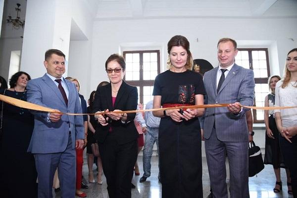 Марина Порошенко і Степан Барна