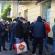 Усі на заробітки: у Тернополі сотні людей стоять в чергах біля банків (ВІДЕО)