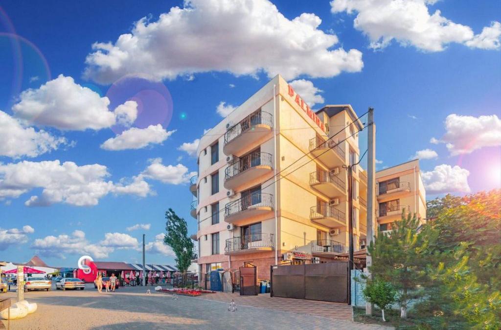 готель Пальміра