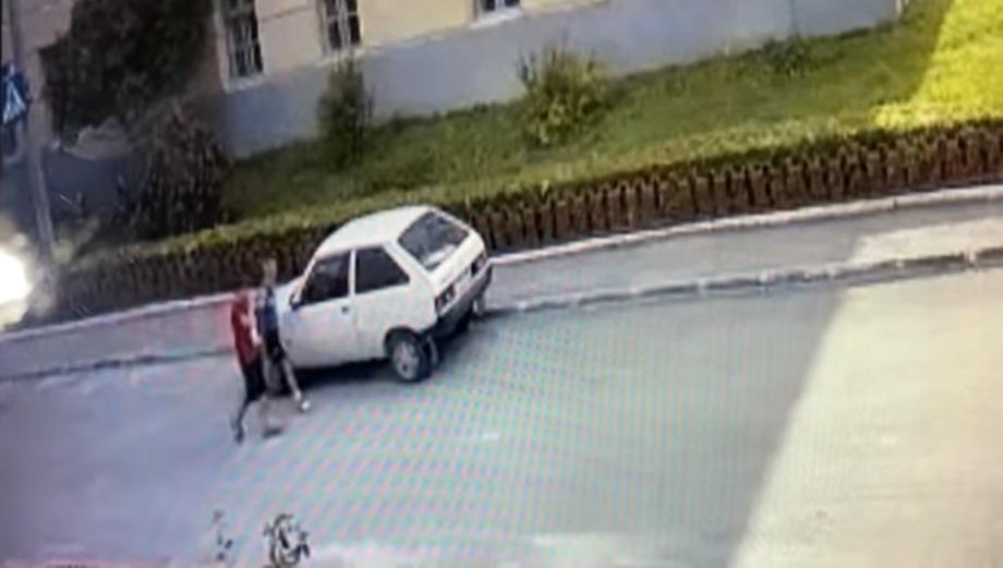 авто, Бережани