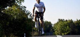 До Тернополя приїде бельгієць, який проїхав понад 2000 км на велосипеді, щоб допомогти українцям на Сході